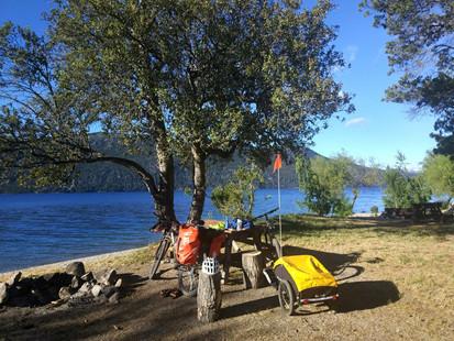lago Traful - Travesia 7 Siete Lagos en bici - Patagonia Bike Trips - www.patagoniabiketrips.com