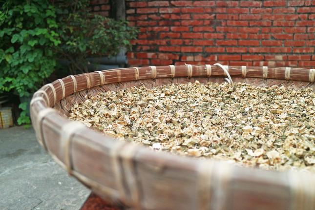 日曬秋葵製成茶包