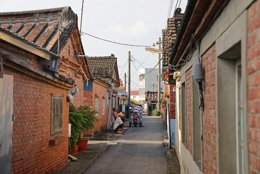 鹿東社區紅磚厝群