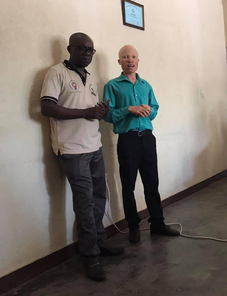 En av minoritetene i Burundi delte sitt vitnesbyrd og sitt engasjement for albinoer som opplever diskriminering