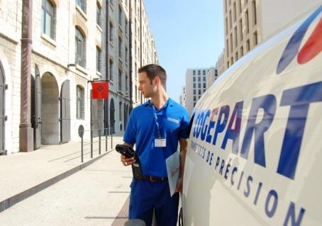 Blue Side accompagne le groupe Cogepart dans l'acquisition de la société Fréjus Courses Services