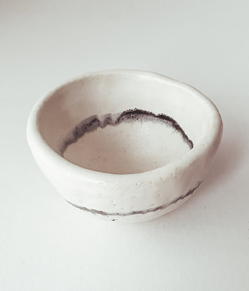 Ink line - white ceramic cup with double blurry line