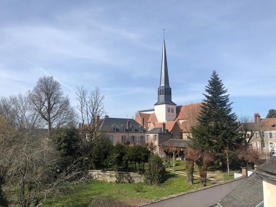 Eglise Saint-Ferréol et le presbytère