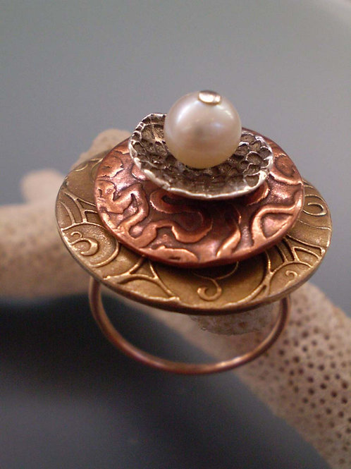 Spinning Pearl Bijoux Ring