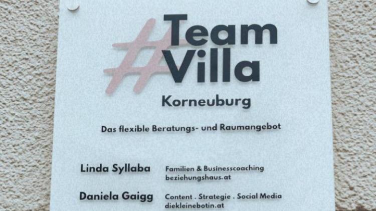 #Teamvilla