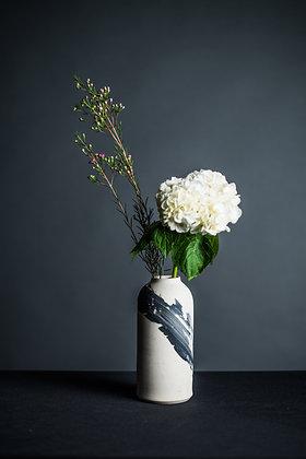 BW Vase 3