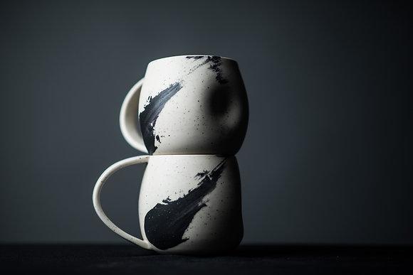 Rounded Handled Mug with Thumbprint