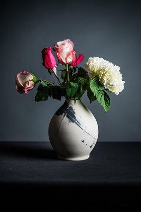 BW Vase 2