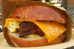 eggslut-fairfax-sandwich_0