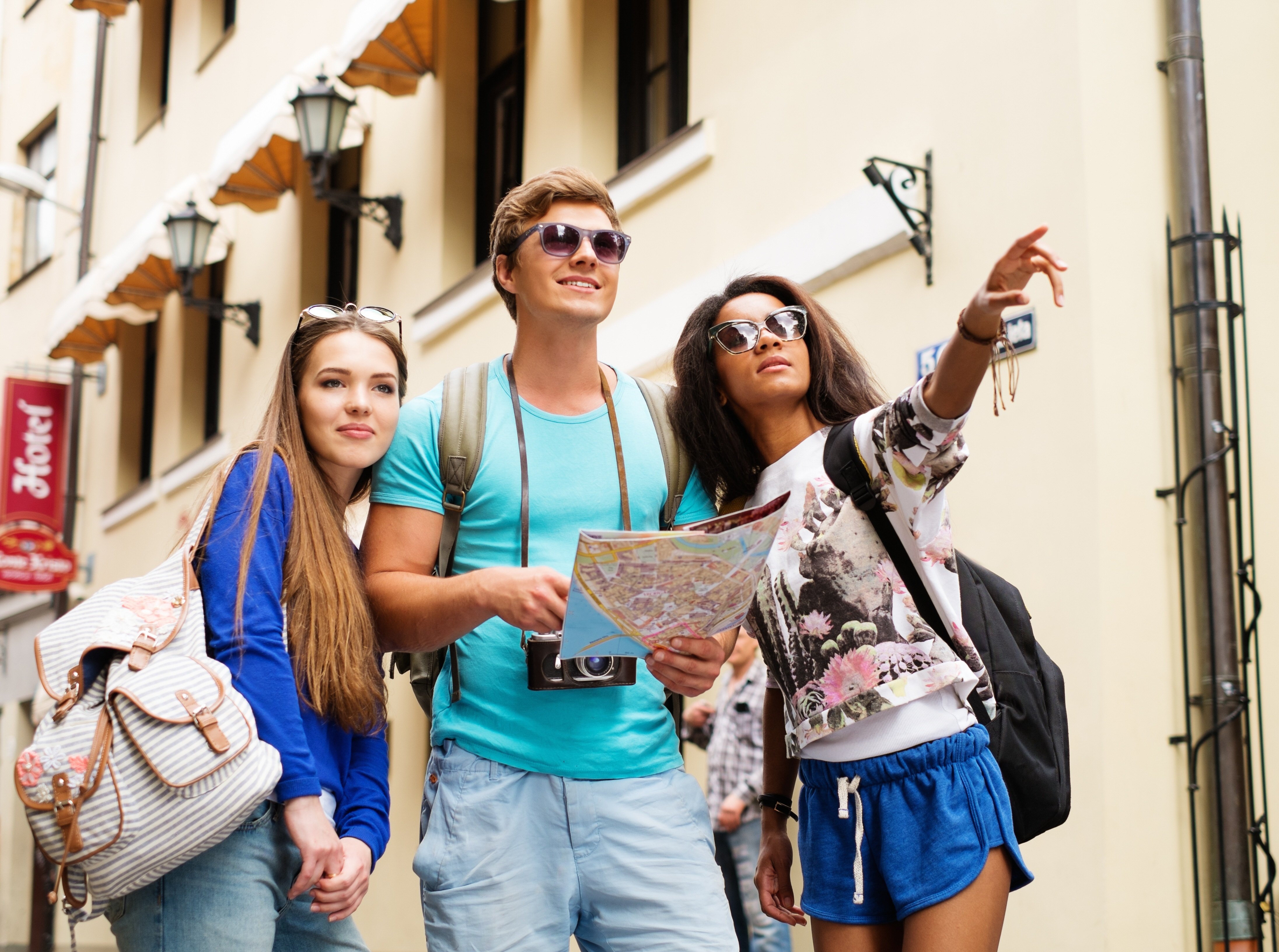 bigstock-Multi-ethnic-friends-tourists--