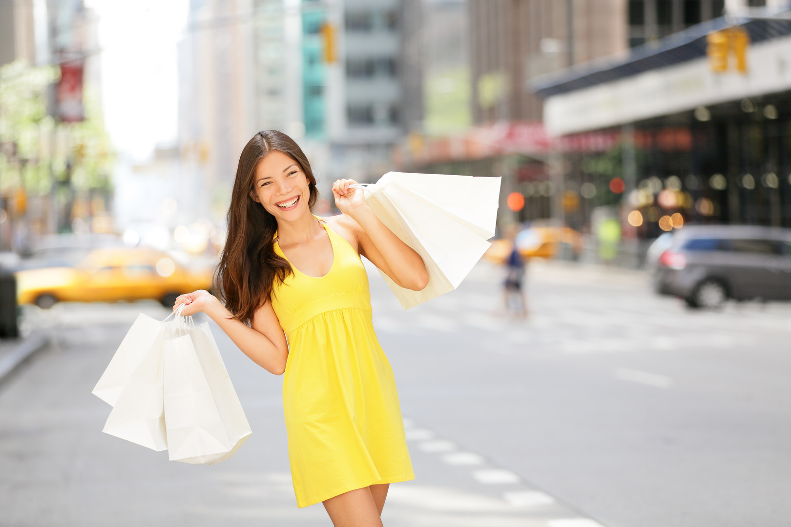 bigstock-Urban-shopping-woman-in-New-Yo-