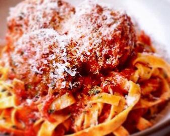 Fresh Linguine Pasta with Marinara and M