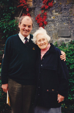 Arthur Muirhead and cousin Margaret Muirhead Rankin, taken at Meikle Cloak 1995