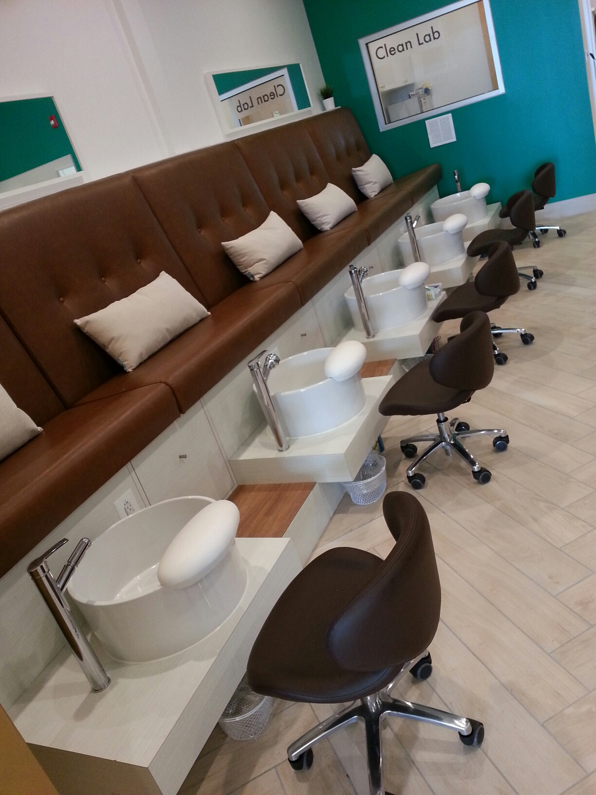 The Velvet Nail Lounge | Troy, Mi | Manicures, Pedicures, Waxing