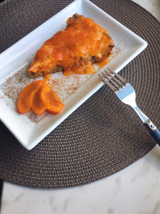 Нежный тыквенный пирог со сливочным кремом и муссом из хурмы