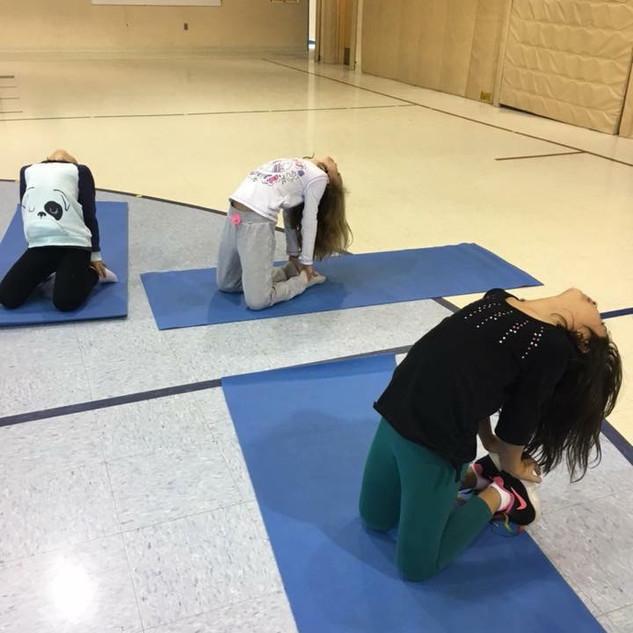 kids_yoga_10.JPG