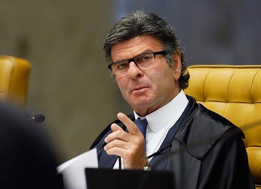 STF: Ação que envolve constitucionalidade de multa tributária é retirada do plenário virtual