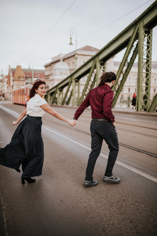Nera and Mamed romantic and surprise proposal photoshoot at Liberty Bridge and Fisherman's Bastion in Budapest, by Ihsan Unuvar, Budapest Photographer