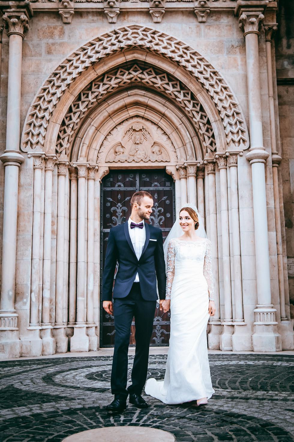 kreatív-esküvő-fotózás-Mátyás-templomban