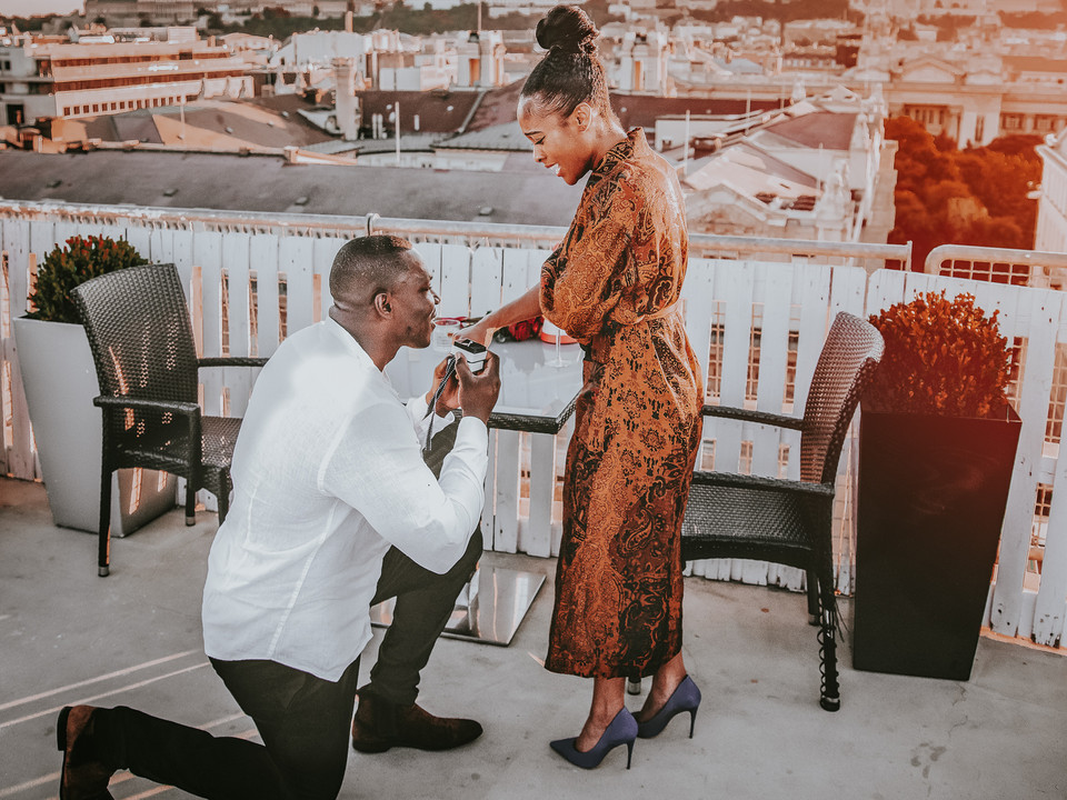 proposal-at-sunset-time-golden-hour