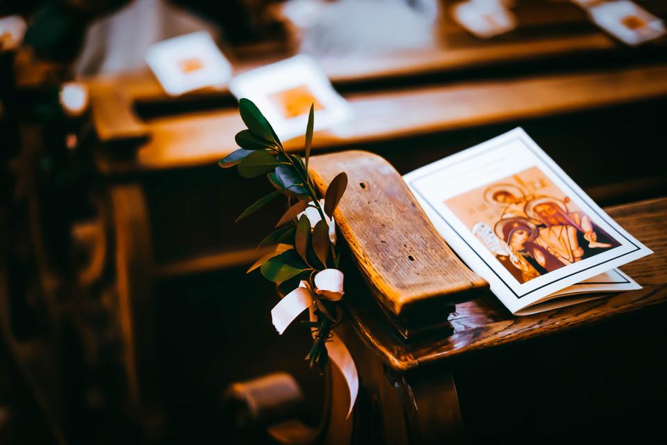 Eskuvoi-Fotozas-templom-kreativ 001.jpg