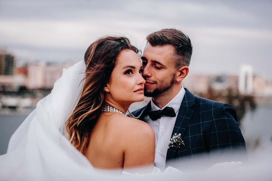 esküvő-előtti-fotózás-a-Várkert-Ba