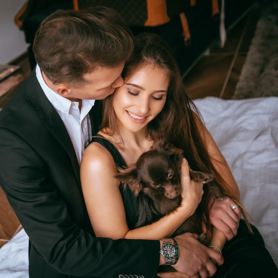 Couple Photoshoot in a luxury flat in Bu