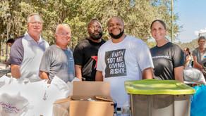 Hosanna Church feeds the community!