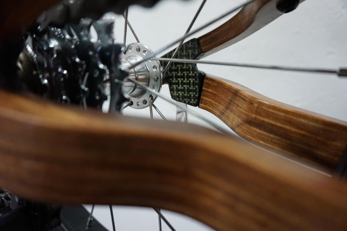 Wooden bike carbon-kevlar parts