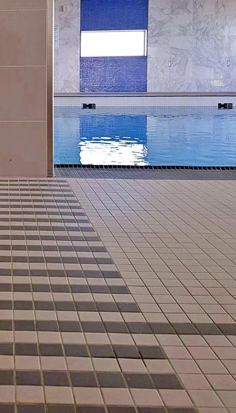 pool 1...jpg
