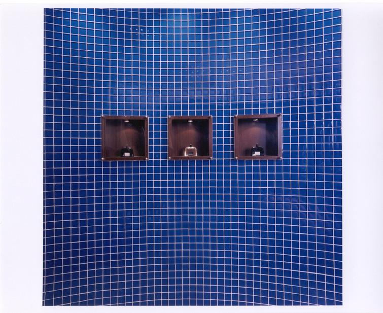 HR mens washroom 3.jpg