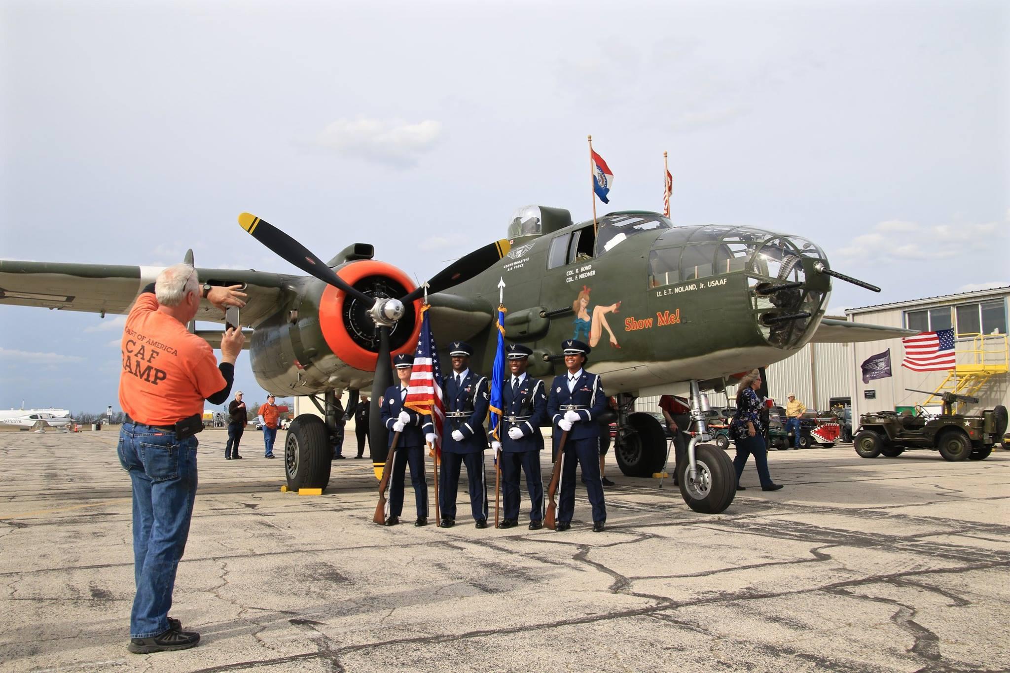 B-25 Show Me