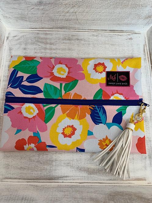 Makeup Junkie Bags Turnkey Drop Pink Flowers Medium