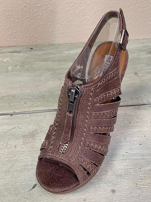 Not Rated Saucin Sandals