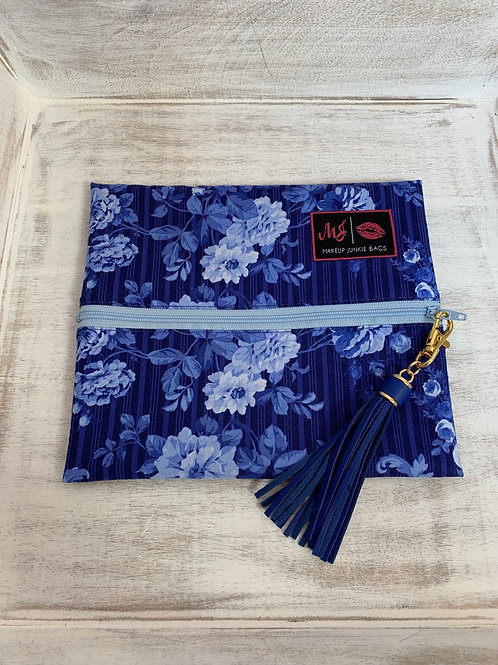 Makeup Junkie Bags Turnkey Blue Roses Small