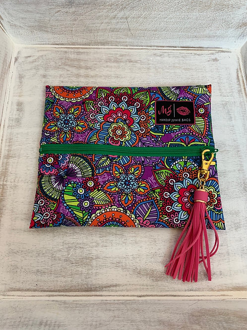 Makeup Junkie Bags Turnkey Drop Colorful Doodle Green Zipper Small