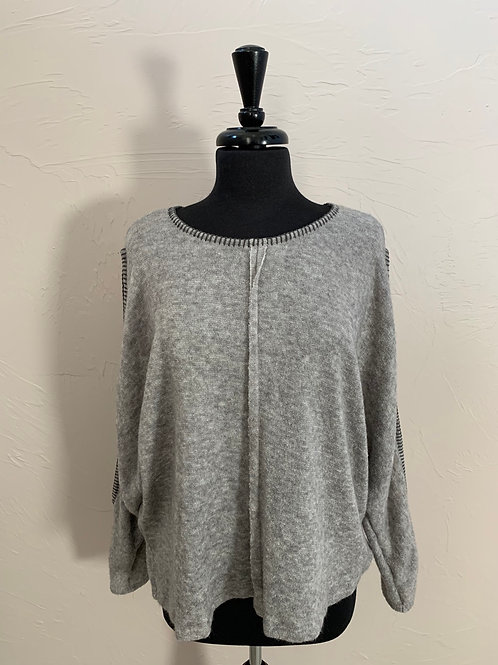 Lila Clothing Co Gray Sweater Open Sleeves