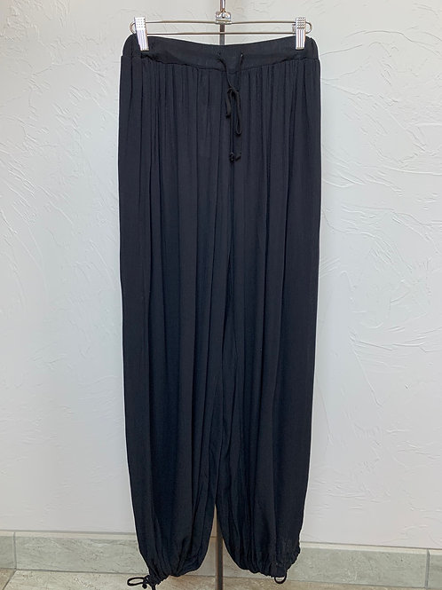 Entro Ruched Pants With Drawstring Bottom