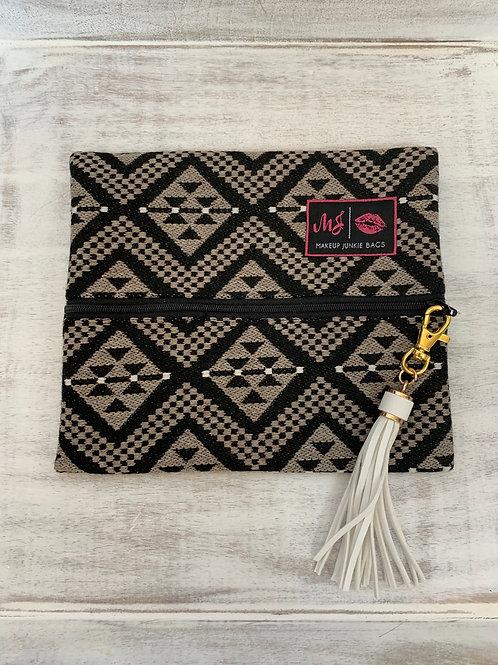 Makeup Junkie Bags Aspen Black Zipper Small
