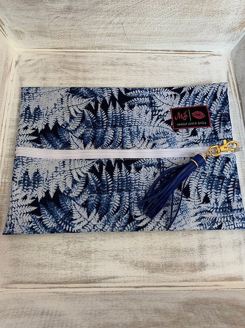 Makeup Junkie Bags Turnkey Snow Leaves Glam Stripe Medium