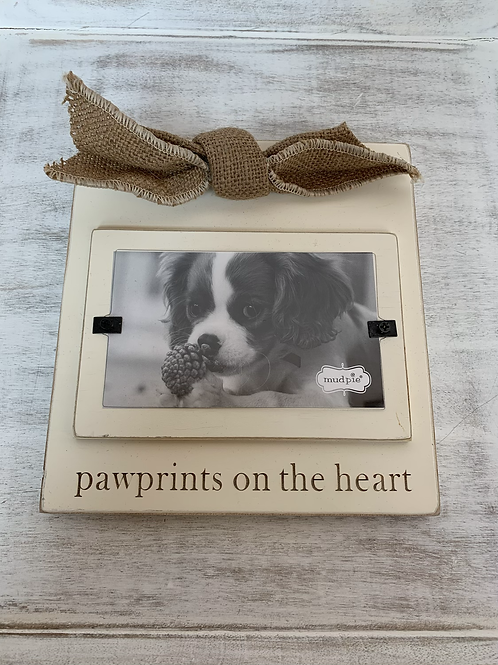 Mud Pie Pawprints on the Heart Frame