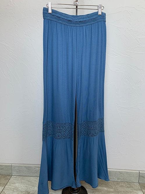 Monoreno Lace Detail Flowy Pants