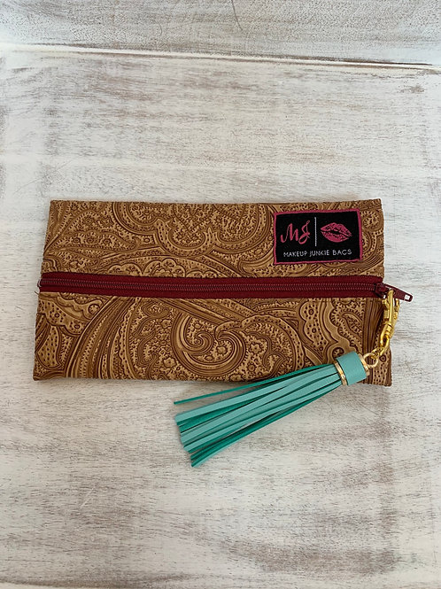 Makeup Junkie Bags Turnkey Drop Tan Paisley Maroon Zipper Mini