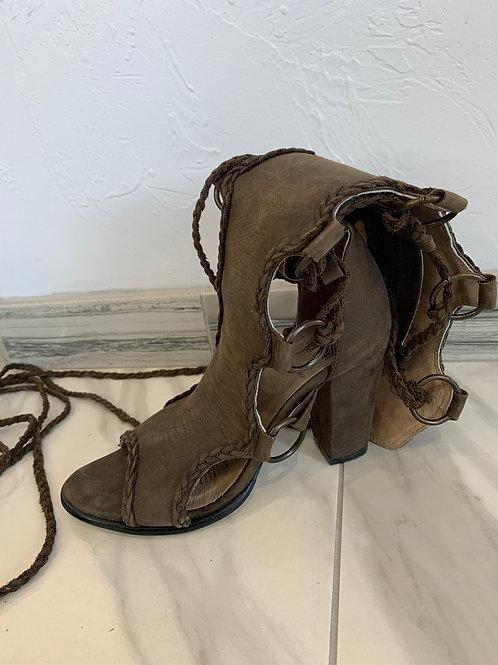 Desert Angels Muscrat Boots