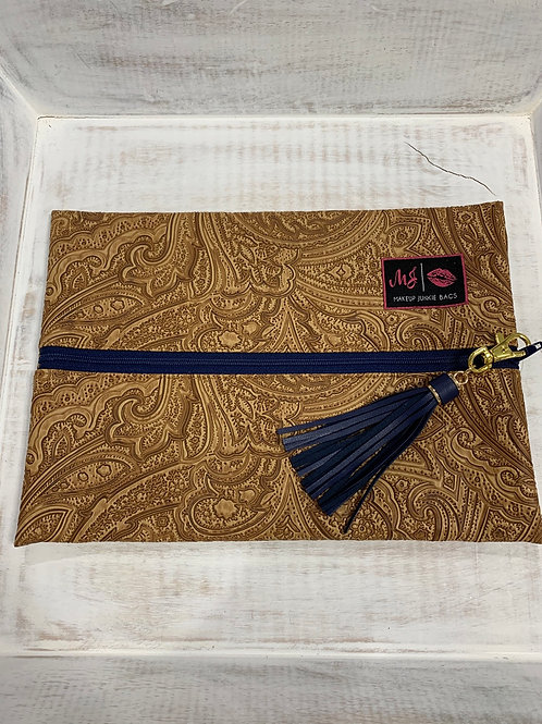 Makeup Junkie Bags Tan Paisley Navy Zipper Medium