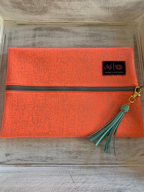 Makeup Junkie Bags Coral Shimmer Medium