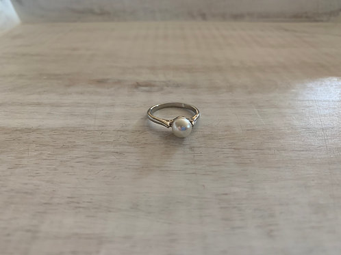 Lauren Michael Large Pearl Ring Solid Band