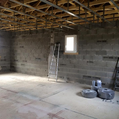 Construction entrepôt