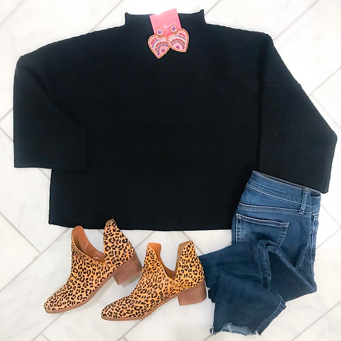 Black boxy sweater