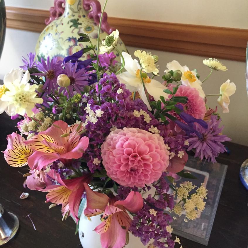 vase of flowers cup winner